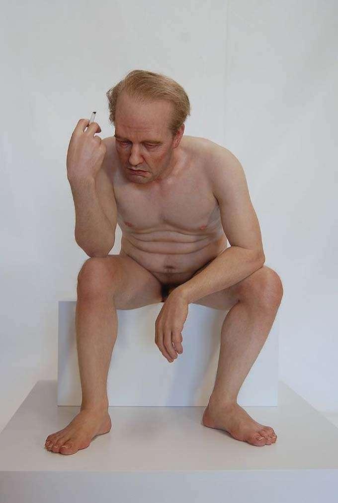 esculturas_hiper-realistas_giovani_caramello_tramp (2)